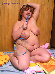 Naked BBW going to play badminton